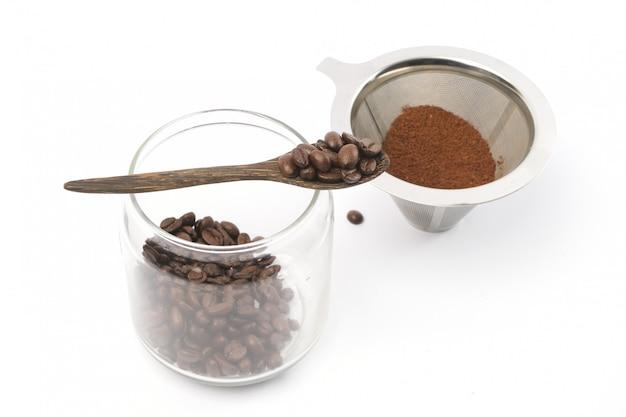 Ziarna kawy i kawa mielona