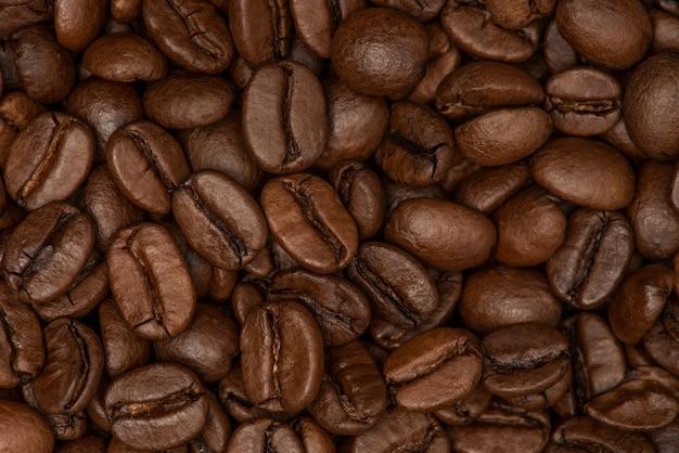Ziarna kawy. świeżo palona kawa ziarnista