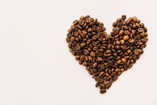Ziarna kawy w formie serca