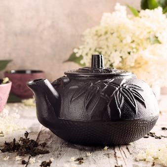 Zielona herbata z kwiatem bzu czarnego