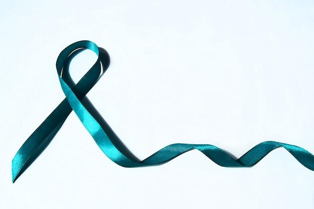 Zielona wstążka świadomości raka chłoniaka.