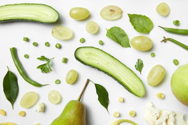 Zielona zdrowa żywność. jedzenie wegetariańskie. detox, dieta lub koncepcja zdrowej żywności
