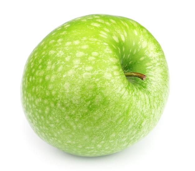 Zielone jabłko z bliska na białym tle