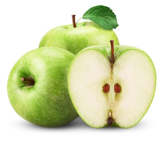 Zielone jabłko z liściem na białym tle