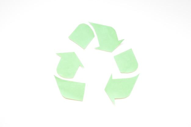Zielone logo recyklingu papieru