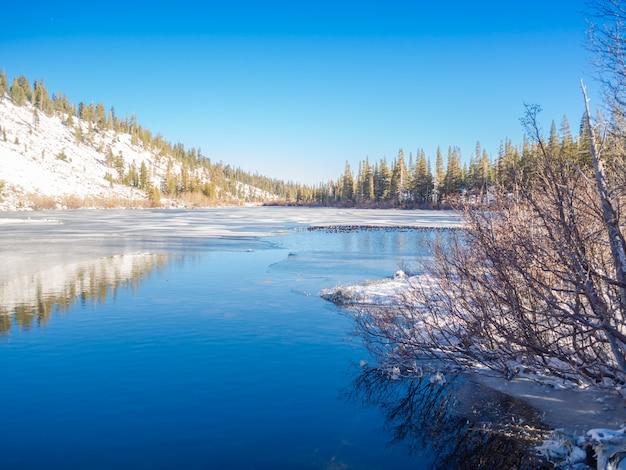 Zima w mammoth lakes.
