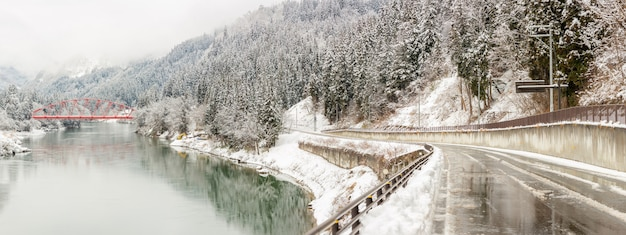 Zimowy krajobraz japonia