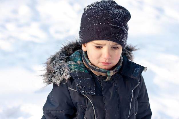 Zimowy portret chłopca