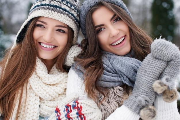 Zimowy portret przyjaciółki mody