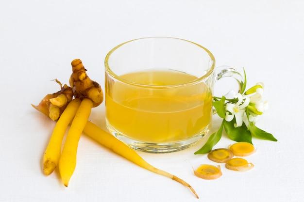 Ziołowe zdrowe napoje galingale woda do ochrony zdrowia
