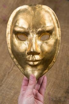 Złota maska egipska, wenecka maska karnawałowa