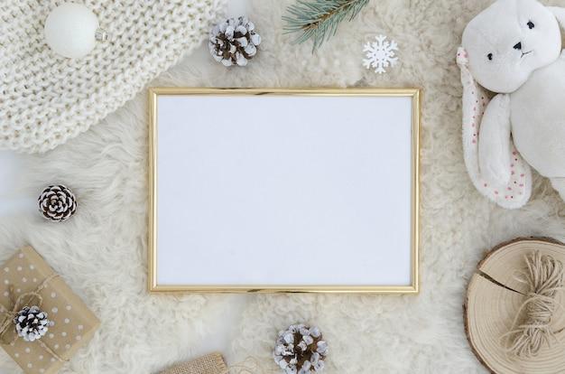 Złota ramka na zdjęcia makiety boże narodzenie, nowy rok