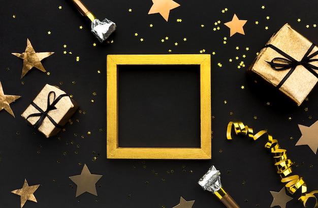 Złota ramka z prezentami