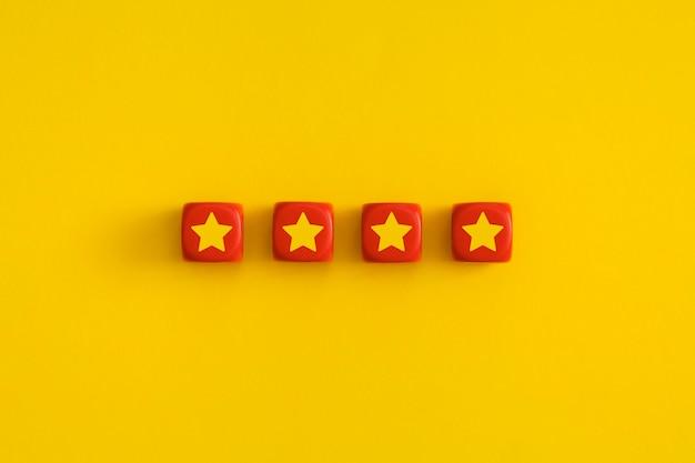 Złote cztery 4 gwiazdki, najlepsza ocena doskonałych usług