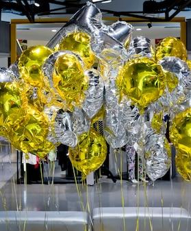 Złoto i srebro balonów
