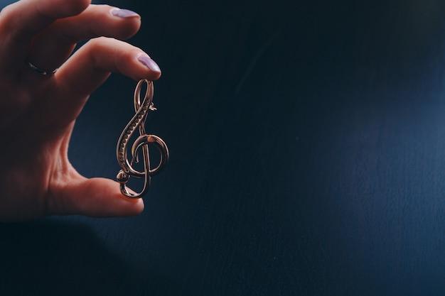 Złoty klucz wiolinowy