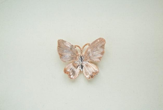 Złoty motyl ozdobny