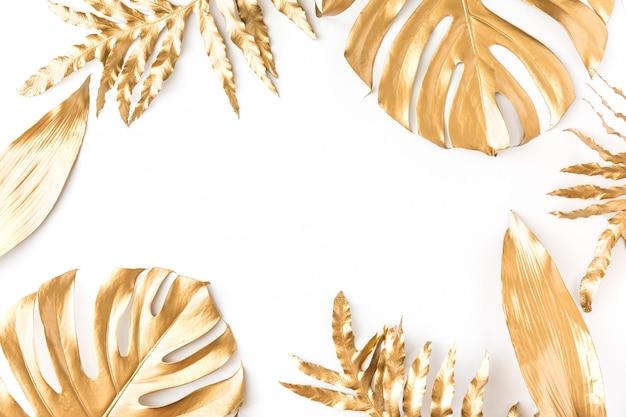 Złoty tropikalny liść
