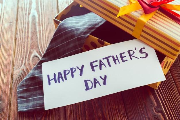 Złożony wizerunek szczęśliwy ojca dzień