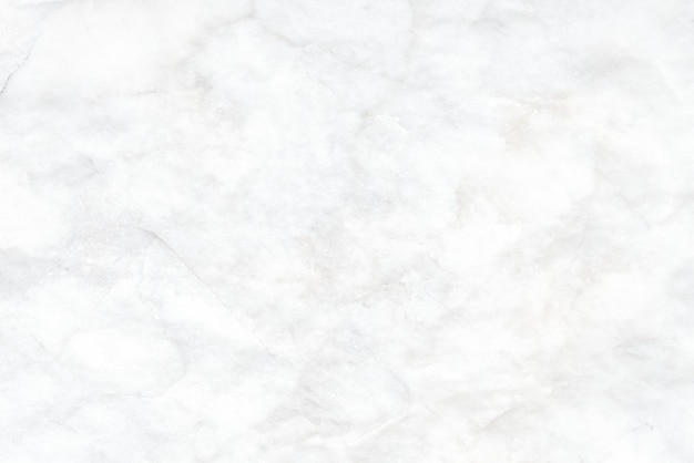 Zmięta biała tapeta z teksturą tła
