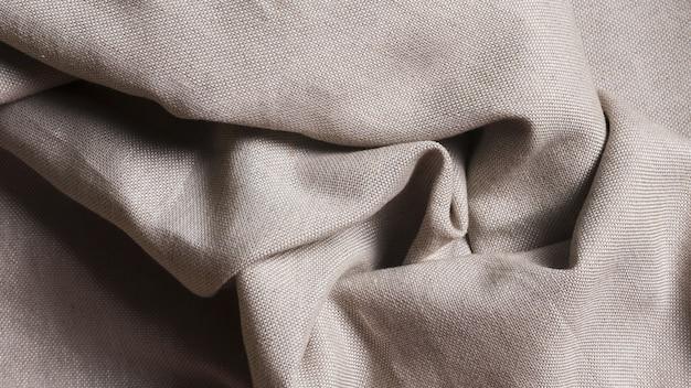 Zmięta monochromatyczna tkanina jedwabna