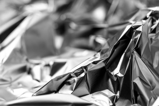 Zmięte tło srebrnej folii