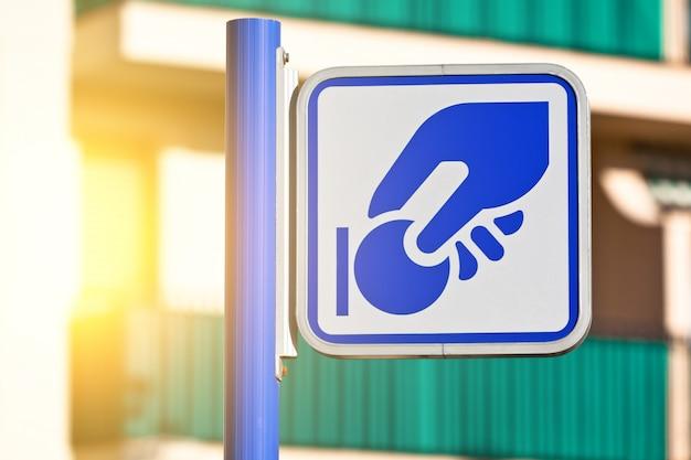 Znak na zbliżenie parkometru