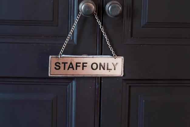 Znak tylko dla personelu