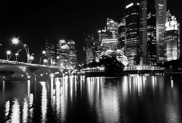 Zobacz centralne budynki biznesowe i zabytki singapuru