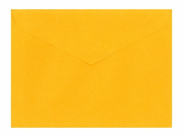 Żółta koperta listowa na białym tle nad białym