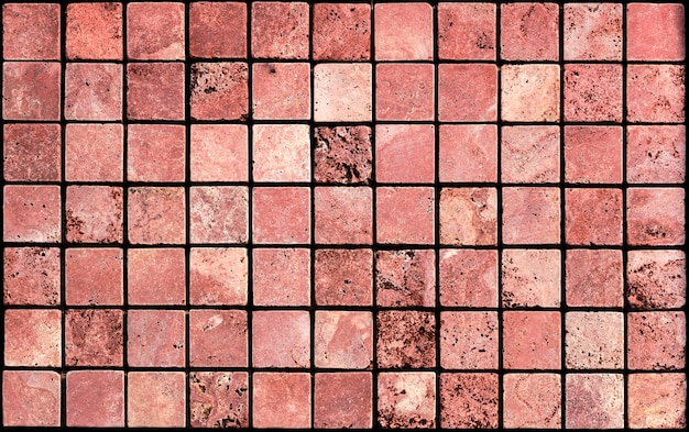 Żółte i czerwone płytki trawertynowe i marmurowe stosowane w architekturze i architekturze wnętrz. również dobre tło.