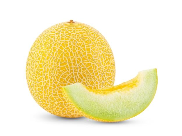 Żółty melon kantalupa na białym tle