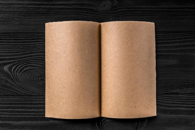 Żółty papier pakowy