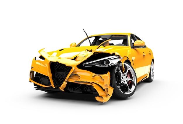 Żółty wypadek samochodowy na białym tle