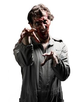 Zombie z crazy twarzy
