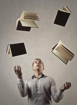 Żonglowanie książkami