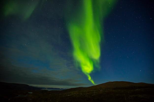 Zorza polarna w nordkapp w północnej norwegii. europa.