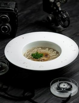 Zupa krem z grzybów ze śmietaną