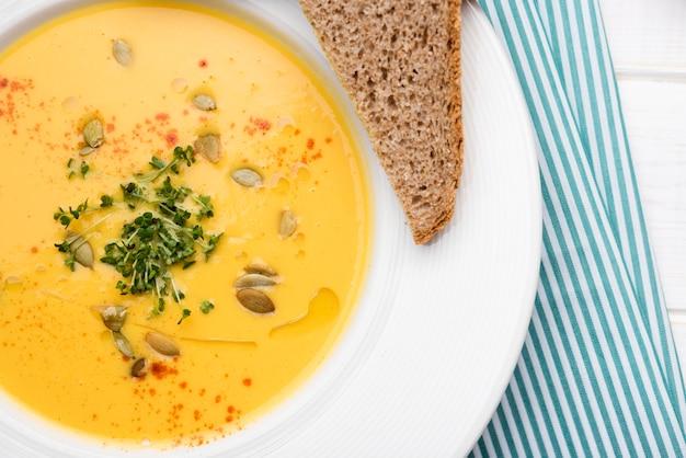 Zupa krem z pół kromki chleba