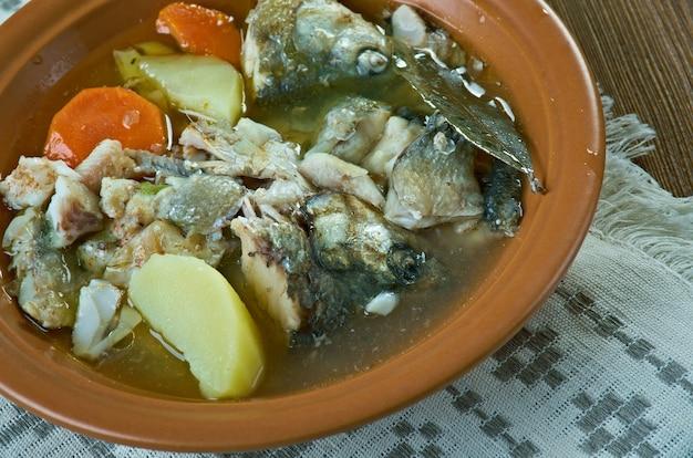 Zupa rybna syberyjska z sielawą.