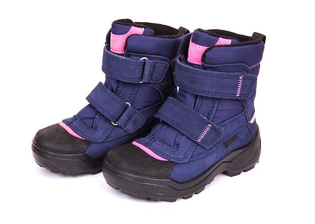 Zupełnie nowe buty śniegowe. zimowe spacery
