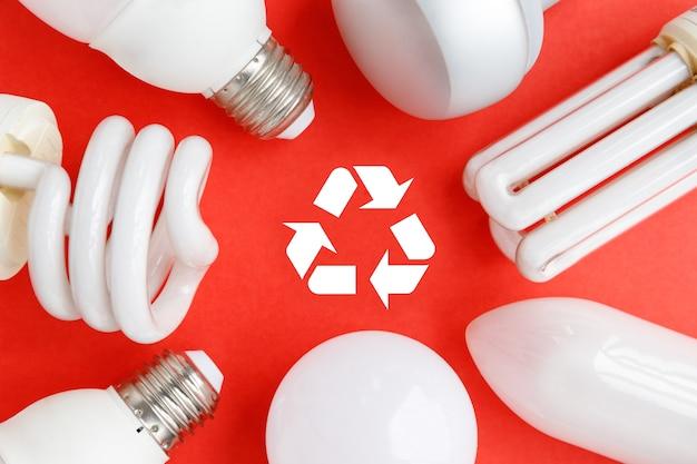 Zużyte żarówki halogenowe, świetlówki cfi, led, lumenów i żarówki energooszczędne