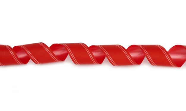 Zwinięta papierowa czerwona ozdobna wstążka do wiązania prezentów
