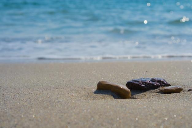 Żwir na plaży
