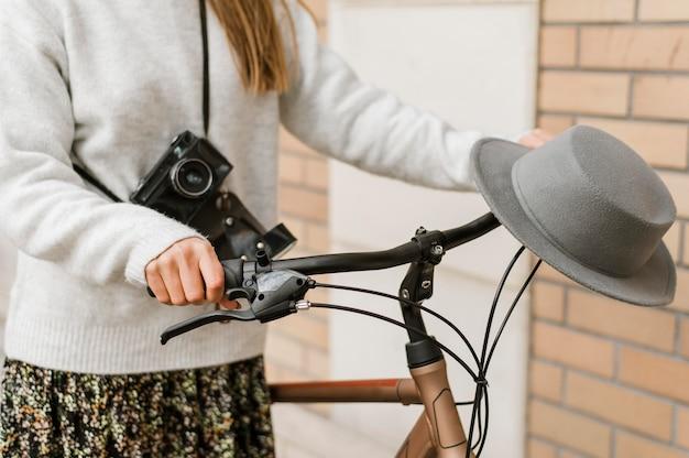 Życie rowerowe w mieście i aparat