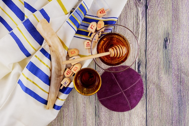 Żydowski symbol, rosh, hashanah, święto, matzoh, paschalny, chleb, torah