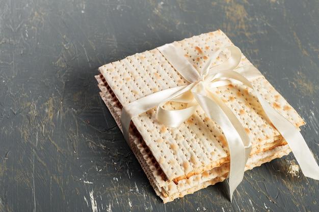 Żydowski tradycyjny chleb matzo paschy