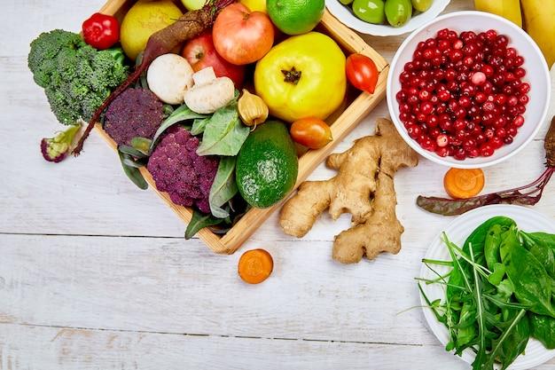 Żywność ekologiczna dla zdrowego odżywiania wegańskiego. jedzenie wegetariańskie