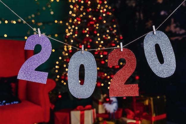 2020 numeros fiesta de año nuevo, arbol de navidad