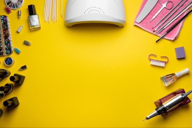 Accesorios de belleza para manicura y pedicura.